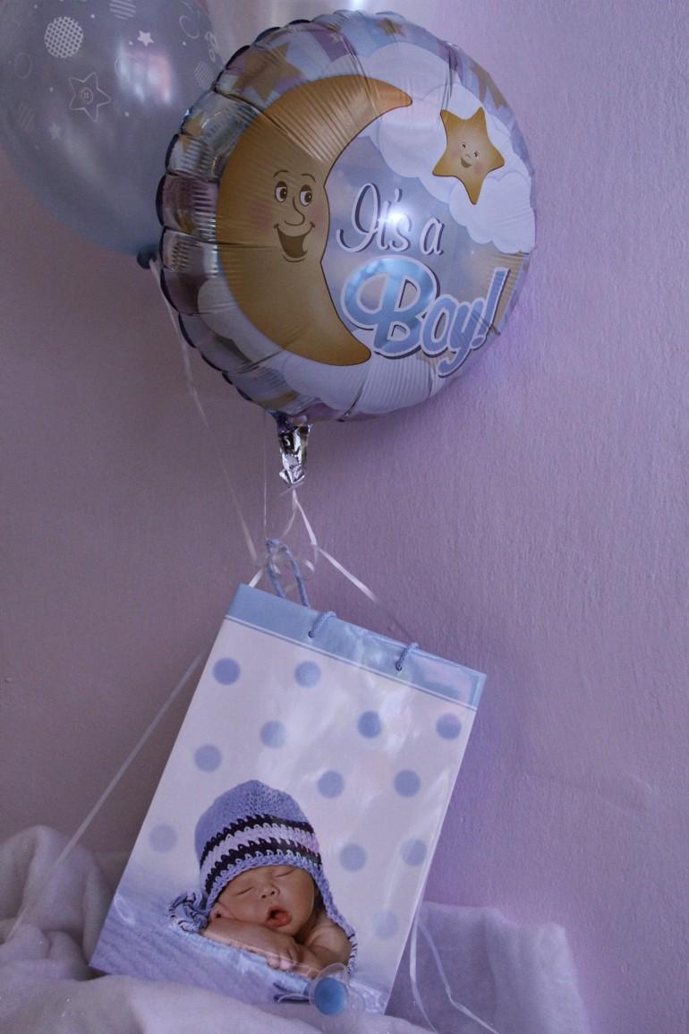 Folienballon It´s a boy mit Geschenkesackerl