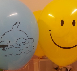 Latexballons Delphin und Smiley