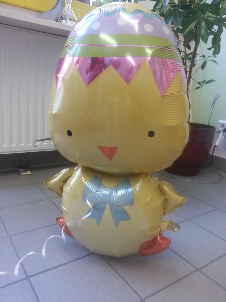 Folienballon Huhn - Süße Osterdekoration