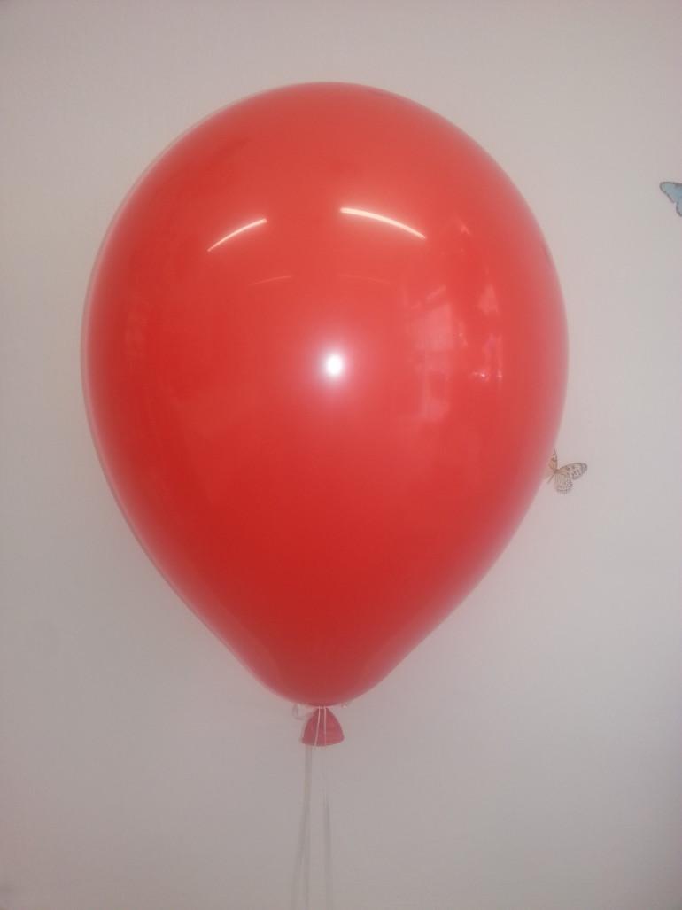 Latexballon rot