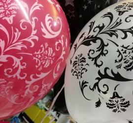 Latexballons rosa weiß mit Ornamenten