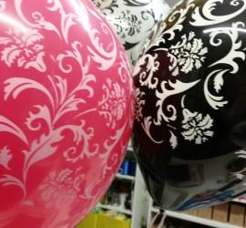 Latexballon rosa schwarz weiß mit Ornamenten