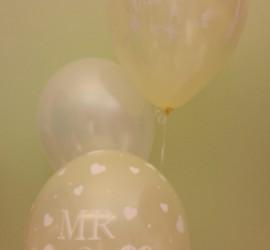 Luftballons für die Hochzeit in champagner-Farbe