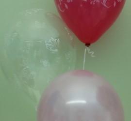 Hochzeitsluftballons in den Farben pink, rosa und durchsichtig