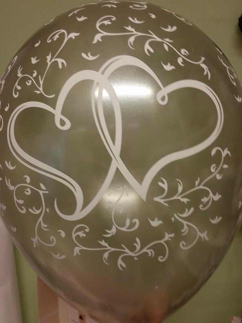 Luftballon mit Herzen