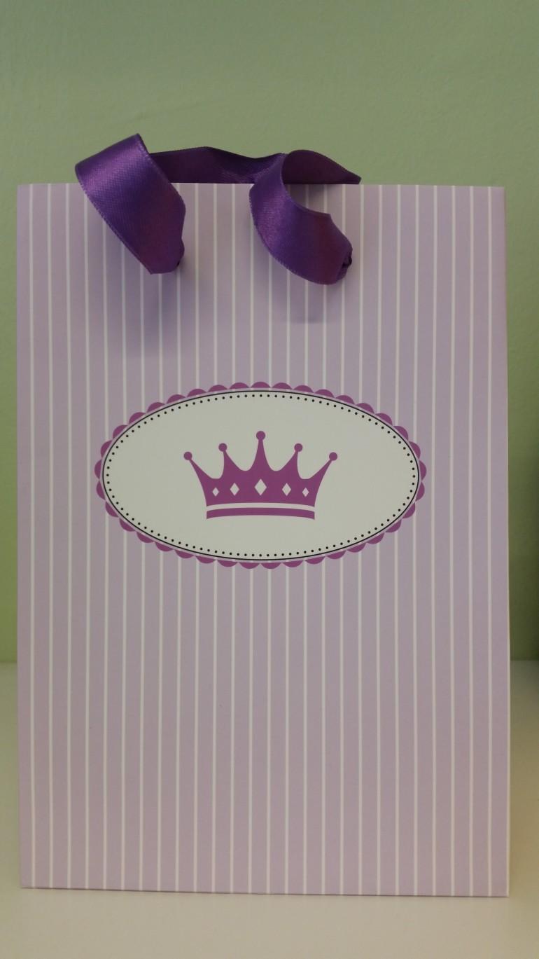 Geschenkesackerl mit Prinzessinnenkrone
