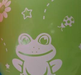 Latexballon mit Frosch