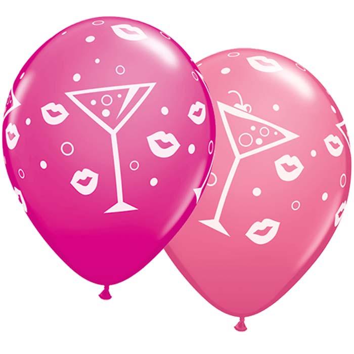 Latexballon mit Cocktail-Gläsern und Kussmund