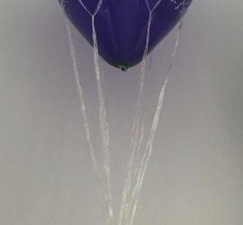 Ballonnetz - 40 cm heliumgefüllter Ballon im Netz