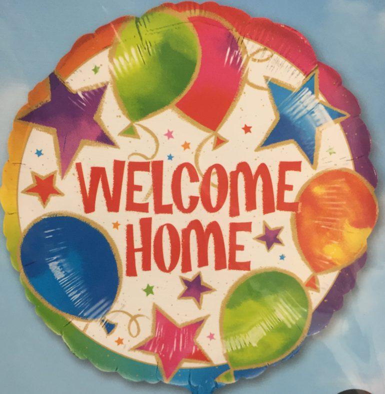 WELCOME HOME - runder Folienballon mit Luftballons und Sternen - 45 cm