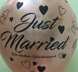 Latexballon - Just Married Herzlichen Glückwunsch - in rosegold mit schwarzer Schrift - wunderschön zur Hochzeit